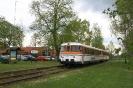 302 027 und 302 051 der Osning-Bahn am 30.4.2015 in Warmsen.